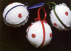 Christmas Balls to Crochet