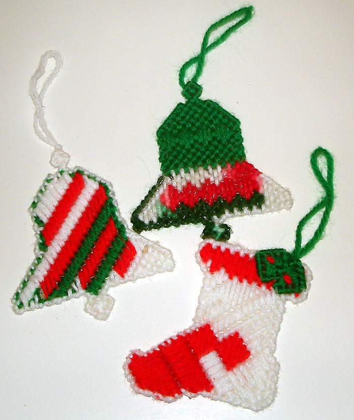 Crochet Easy Ornaments | 2good2lose.com